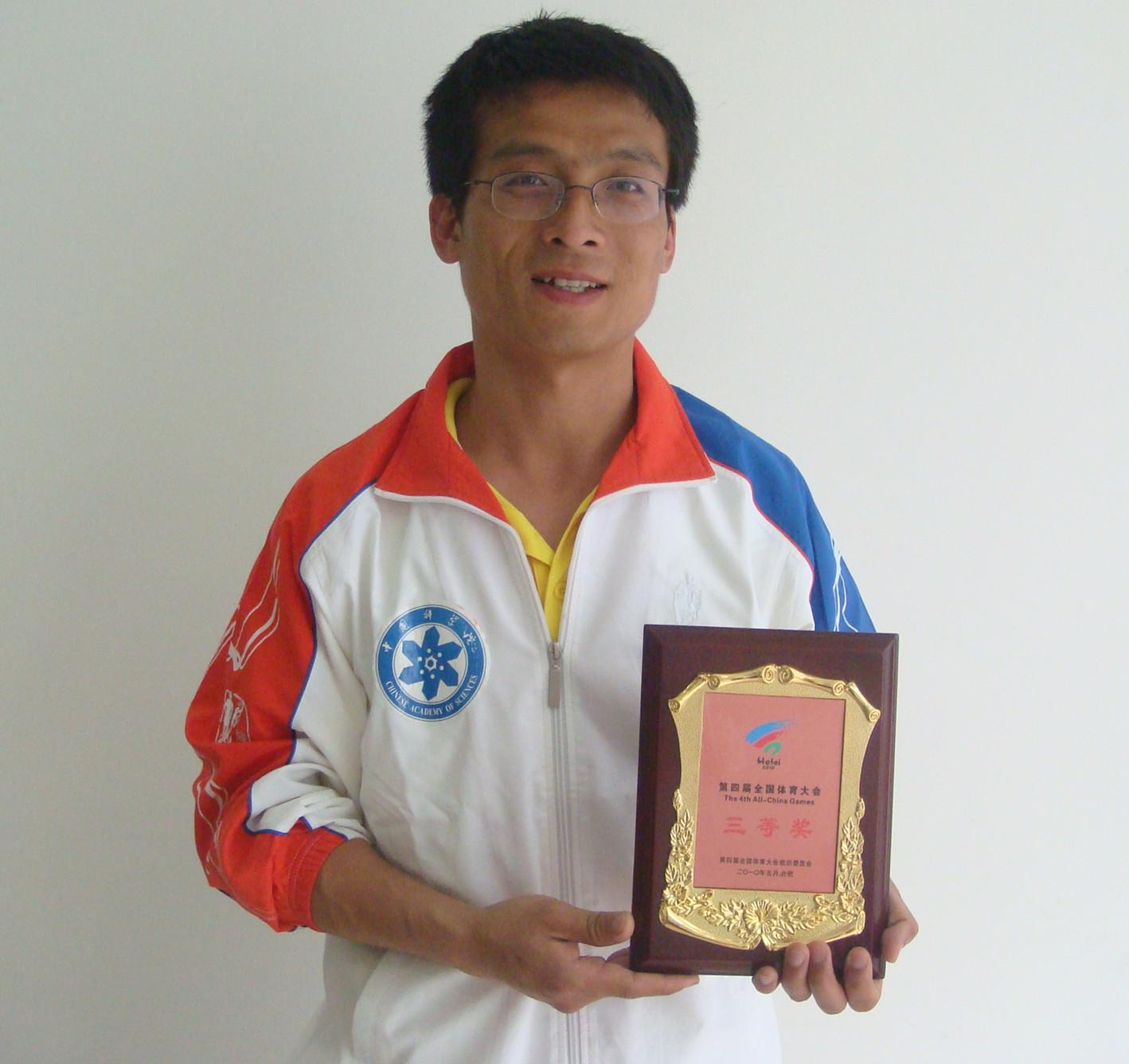 2013扬州国际马拉松_挑战马拉松,塑造文体科大